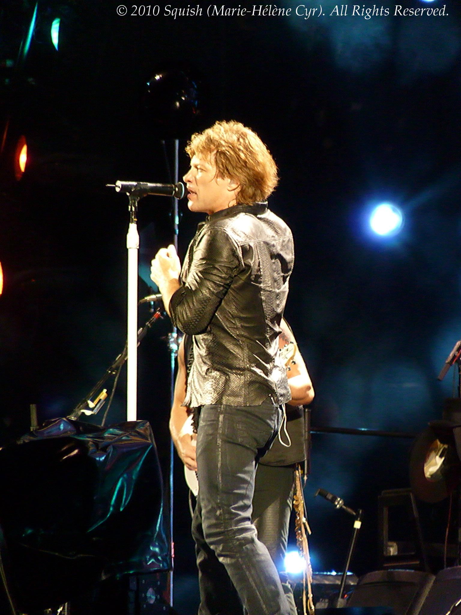 Bon Jovi - Gillette Stadium, MA, USA (July 24, 2010)